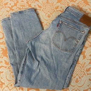 LEVI'S Wedgie Bright Side light wash Jeans size 31